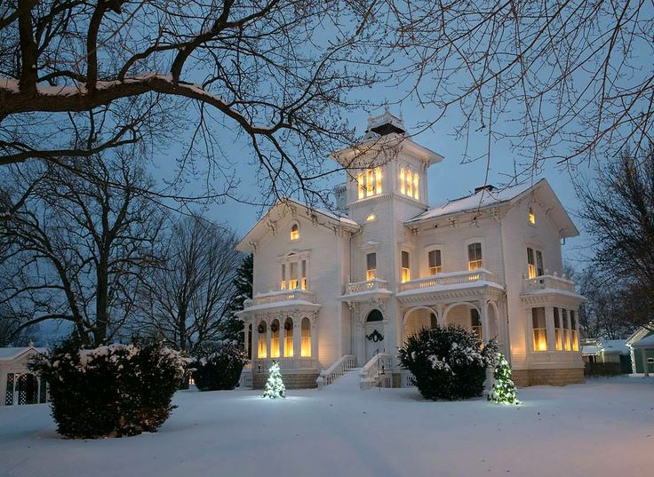 ❥ Love this house, what a beauty...