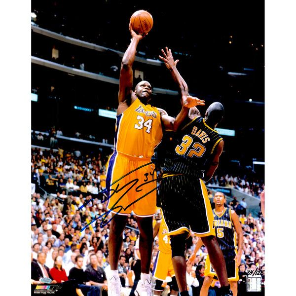 """Shaquille O'Neal Los Angeles Lakers Fanatics Authentic Autographed 16"""" x 20"""" Hook Shot Photograph - Limited Edition of 125 - $249.99"""