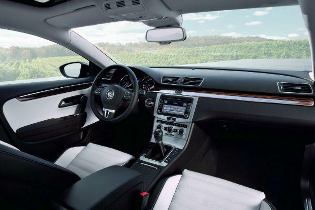 Volkswagen Passat 2013 Interior