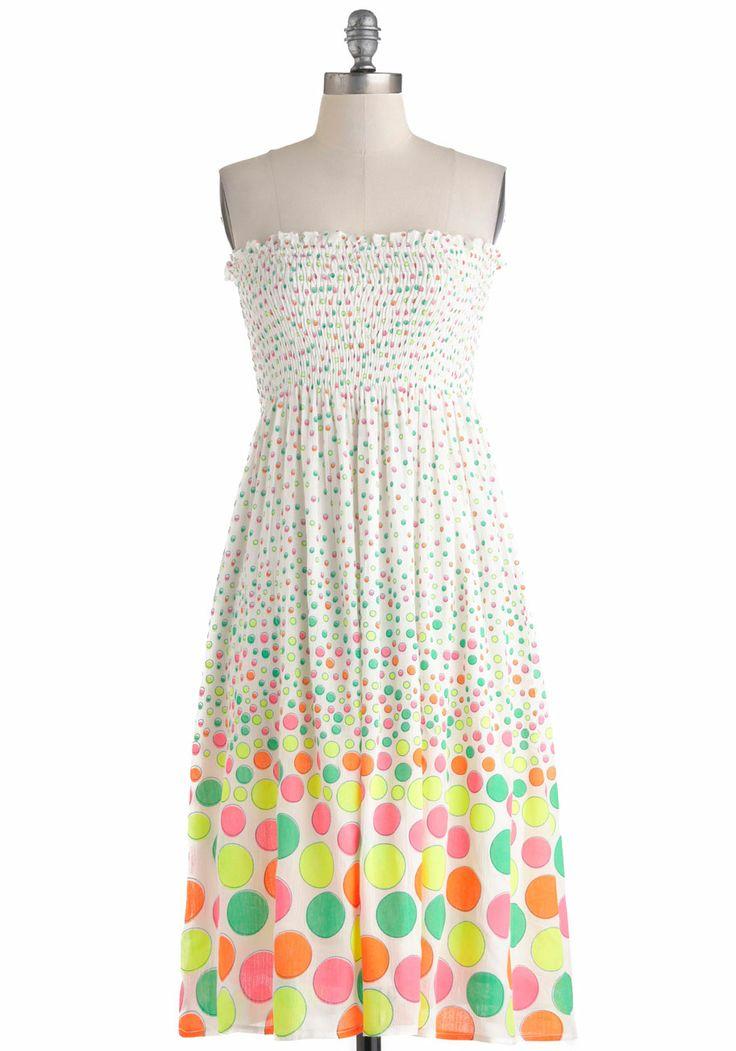 Highlight of Your Life Dress   Mod Retro Vintage Dresses   ModCloth.com