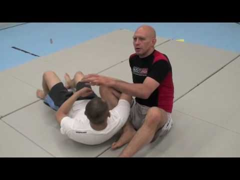 Five Triangle Chokes You Must Know: Clear volume and image. Instructions and demonstration are delivered very effectively.