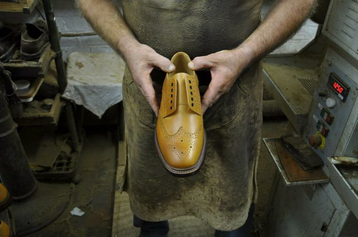 If the burnishing has gone well, this is what it should look like. You can see that the toe, facings and some other areas of the shoe are now slightly darker. http://www.robinsonsshoes.com/brands/loake.html