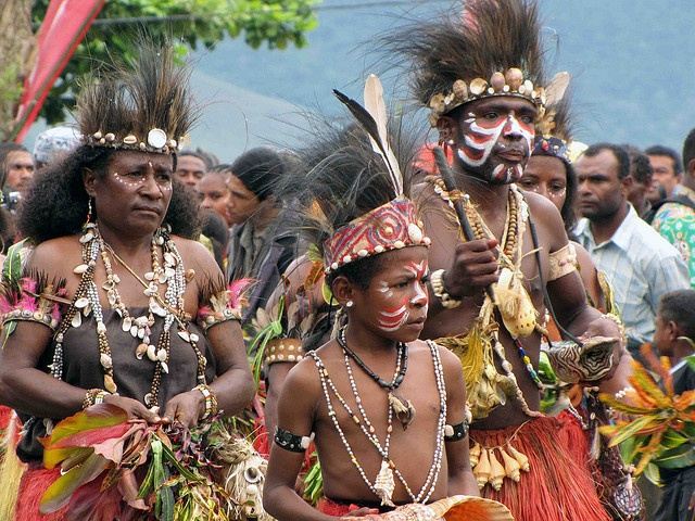 Papua/ Lake Sentani Festival (by Mangiwau on Flickr)