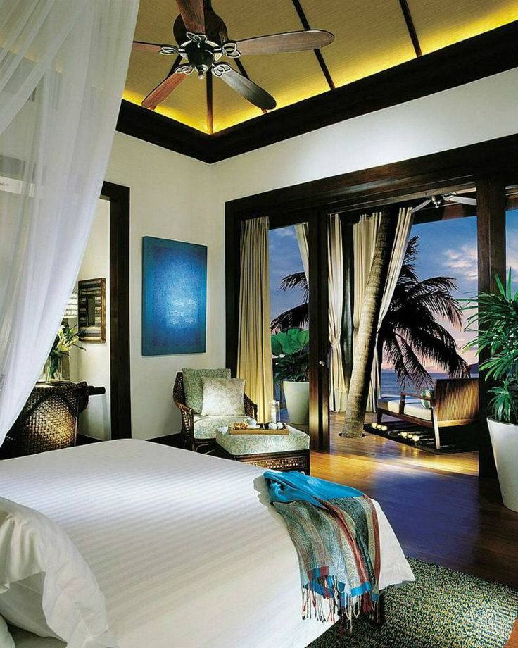 17 best ideas about tropical bedrooms on pinterest for Hotel home decor