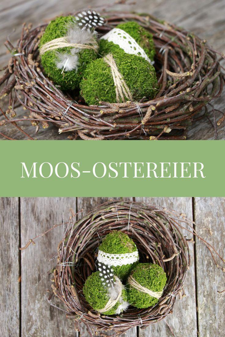 Als natürliche Osterdeko kann man wunderschöne Moos-Ostereier basteln. Die Ostereier aus Moos eignen sich als Ostern Tischdeko genauso wie für ein Ostern Gesteck. Die Moos Eier kann man individuell dekorieren und sind auch ein kreatives Ostergeschenk.