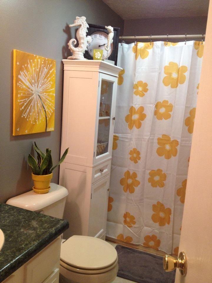Black Grey Bathroom Ideas Redandgreybathroomrugs Yellow Bathroom Decor Yellow Bathrooms Grey Bathrooms