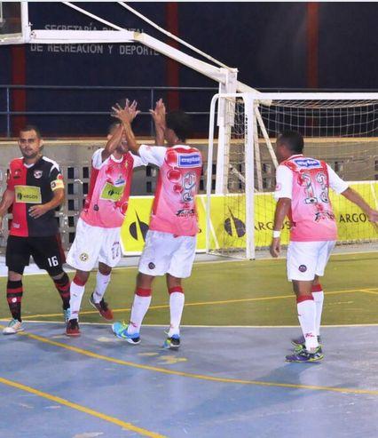 Celebración barranquillera en la fecha 8. #IndependienteBarranquilla venció 7-4 a #CúcutaNiza. #FútbolRevolucionado