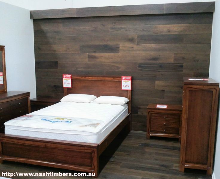 European Oak Engineered Flooring creates a striking back drop to any bed.