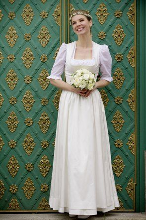 17 Best images about Brautdirndl on Pinterest  Vienna, Wedding and ...