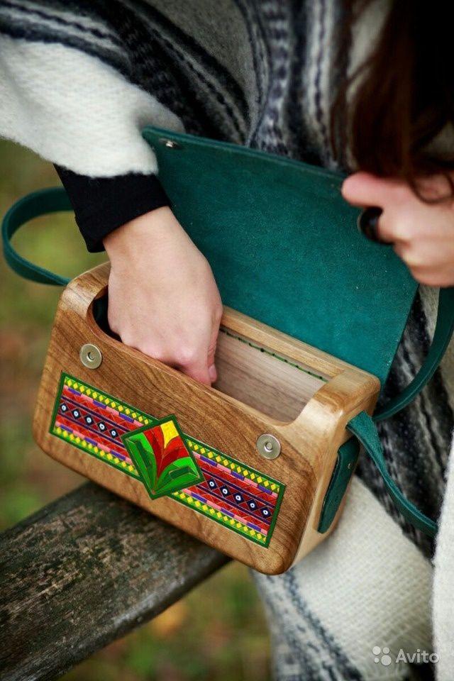 Деревянная сумка-клатч с этно-бохо мотивами — фотография №1