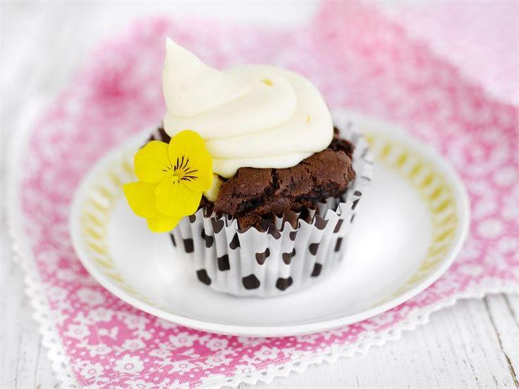 Suklaa-mango cupcakes