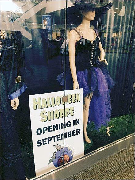halloween stores open after halloween