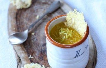 Crema di zucca con cialde di Parmigiano