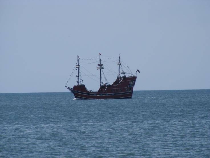 Show Sullivan a REAL pirate ship | Pyrates/ Sailing Ships ...
