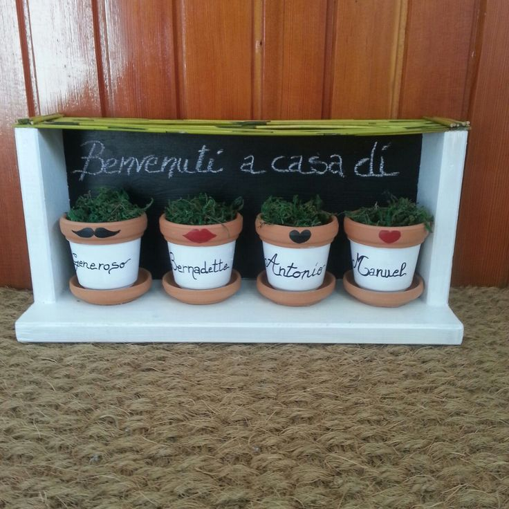 Benvenuti a casa di ... Fuoriporta di legno con vasetti decorativi e personalizzabile !