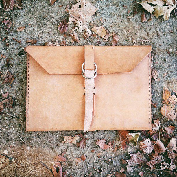 We all need a professional portfolio to take with us to interviews, presentations, work, or school. Create your own with this DIY that can also be transformed from work to play. Use it in the evenings as a cute oversized clutch.