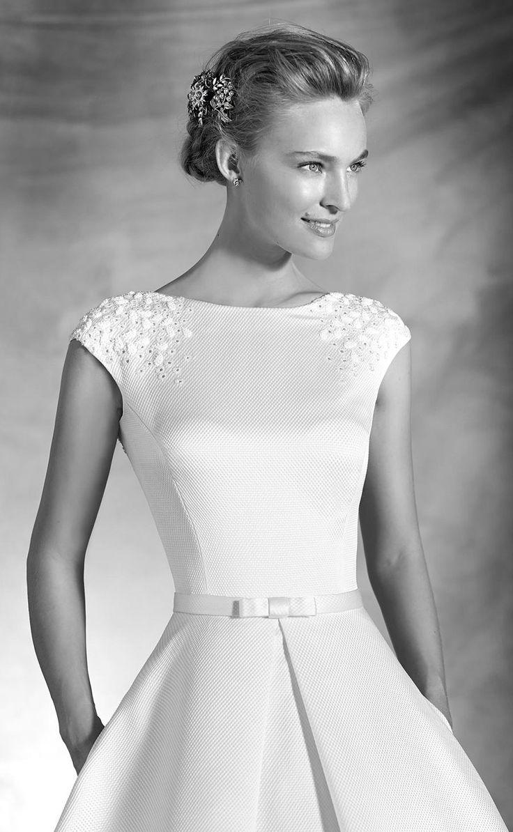 Wedding Dress Pronovias 2016 Atelier bridal gown, wedding ideas, wedding inspiration, boat neck, wedding dress with pockets, elegant sophisticated bride