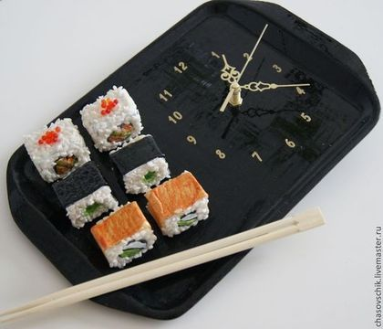 """Часы для дома ручной работы. Ярмарка Мастеров - ручная работа. Купить Часы настенные """"Завтрак по-японски"""". Handmade. Черный, суши"""