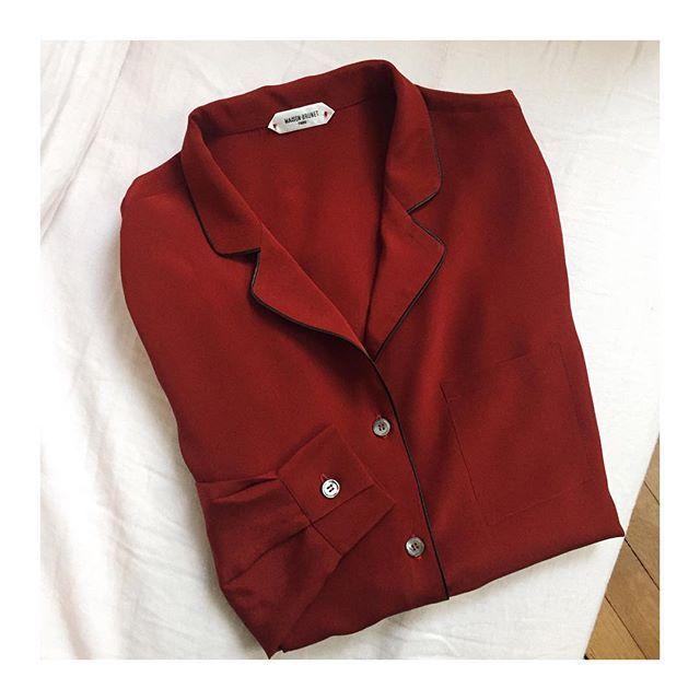 Vous connaissez la jolie Pascale? ❤💋🌹 Belle soirée 💋 #soie #silk #rougegarance #red #madeinfrance #madeinparis #instamode #fashion #love #maisonbrunetparis #conçuaparisavecamour