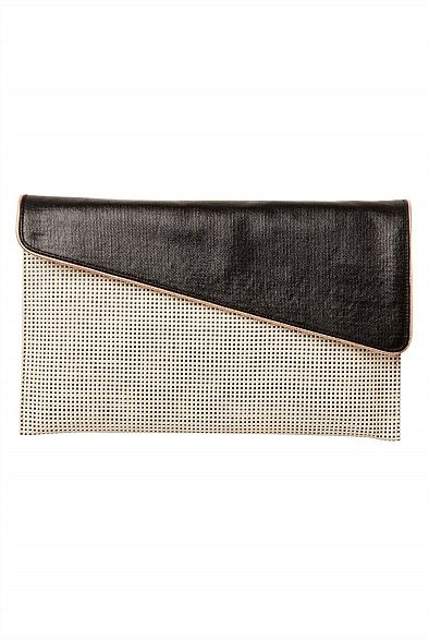 Witchery Sara Clutch - Oversized envelope styles are a chic way to dress up a day time outfit #witcherywishlist