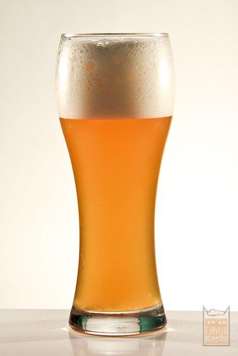 Cerveja de trigo Monstro do lago Weiss