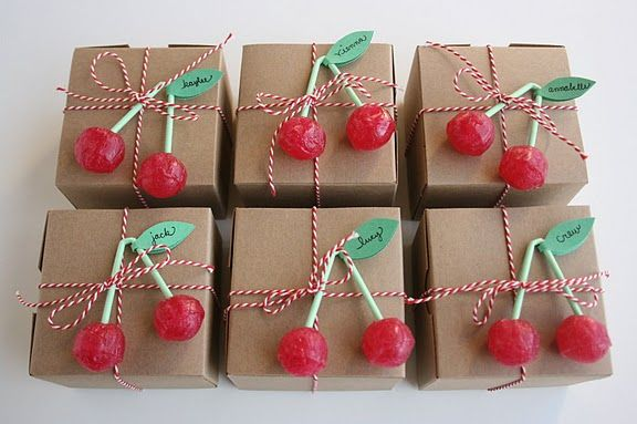 Cherry lollipop gift toppers!Birthday Parties, Parties Favors, Gift Wraps, Favors Boxes, Parties Ideas, Cherries, Lollipops, Birthday Ideas, Wraps Ideas