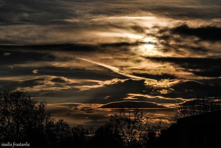 thessaloniki_sunshine_cloud