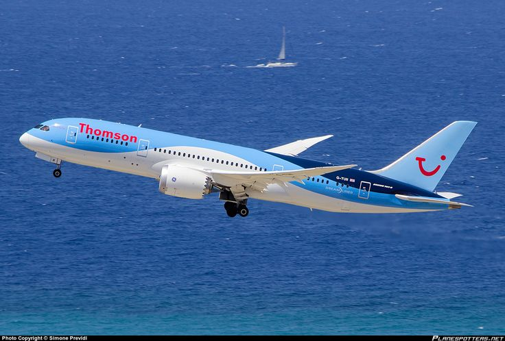 Thomson Airways Boeing 787-8 Dreamliner G-TUII departing Rhodes-Diagoras, August 2015. (Photo: Simone Previdi)