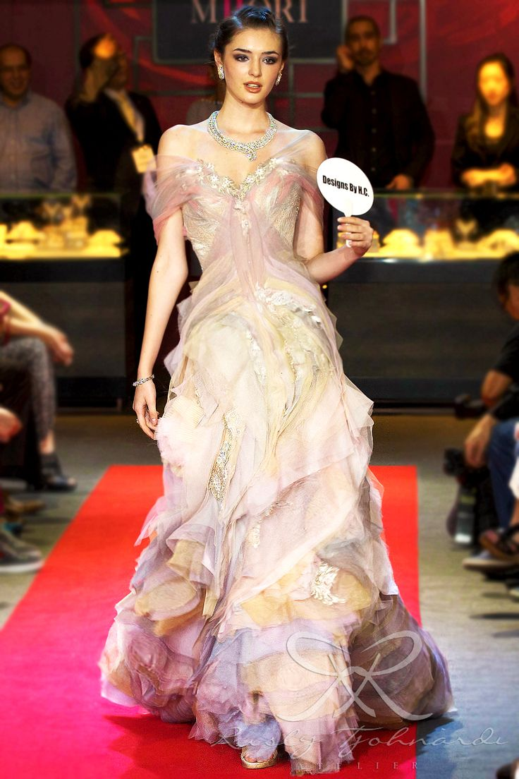 #lace #tulle #couture #fashion #hautecouture #fashionshow #promdress #cocktail #dress #redcarpet #glam #gala #glamour #glamorous #look #redcarpetlook #redcarpetfashion #ruslytjohnardi #ruslytjohnardiatelier #makeup #cledepeau #hairdo #actionhairsalon #fashionideas #outfit #fashioninspiration #fashiondesigner #fashiondesign #singapore #pink #peach #salem #lavender