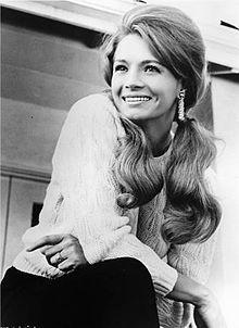 Angie Dickinson 1965.JPG