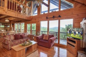 The living room in the Lasting Impressions cabin in Sevierville TN.