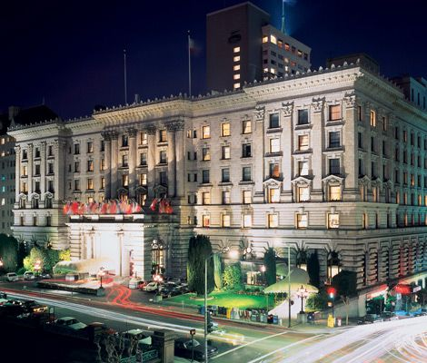 Can't wait to stay here again. ~ The Fairmont San Francisco is one of the most posh luxury hotels in North America and certainly the creme of hotels in San Francisco.  It rests atop Nob hill, looking down over the city as if it were sitting upon a throne, the matriarch of the hotel family in the Bay area.