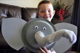 Vamos fazer um fantoche gigante de elefante para contação de histórias e diversão da garotada em casa ou na escola. Elefante Dumbo do fil...