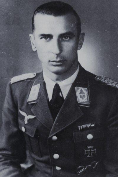 Oberstleutnant Erich Pietzonka (1906-1989), Kommandeur Fallschirmjäger Regiment 7 in der Festung Brest, Ritterkreuz 05.09.1944, Eichenlaub (584) 16.09.1944