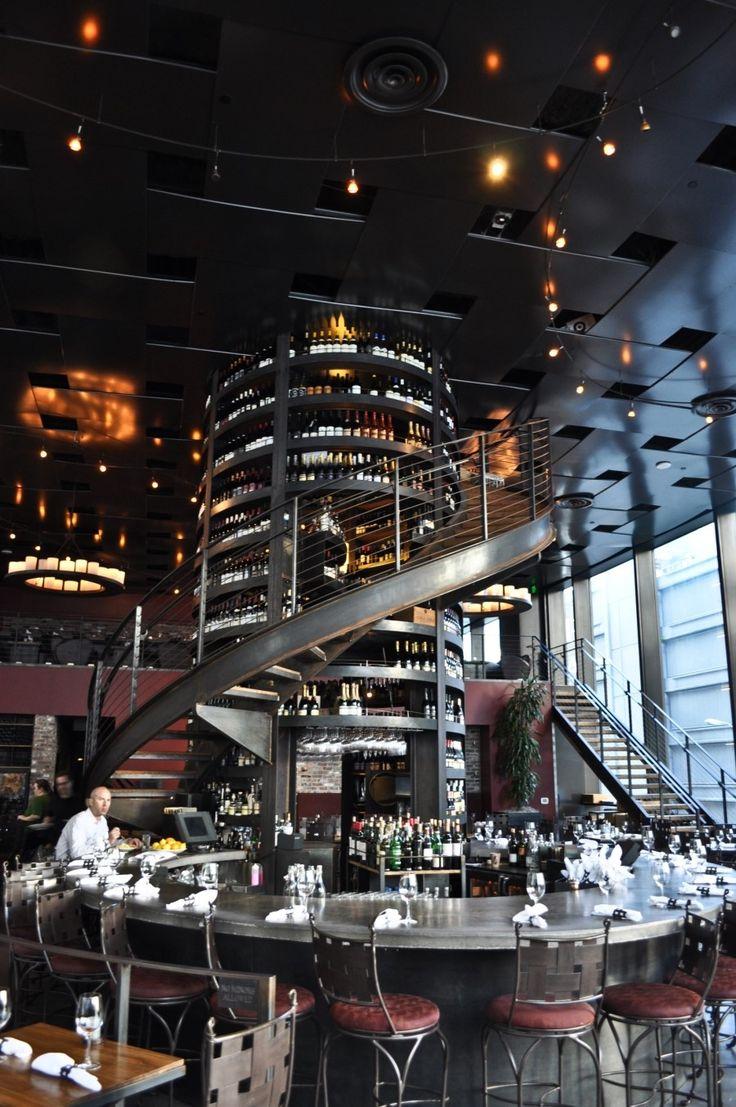 PURPLE Cafe & Wine Bar Photo by @jiparyang
