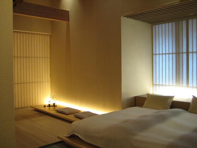 Room @ Fujiya Ryokan by Caspar B., via Flickr