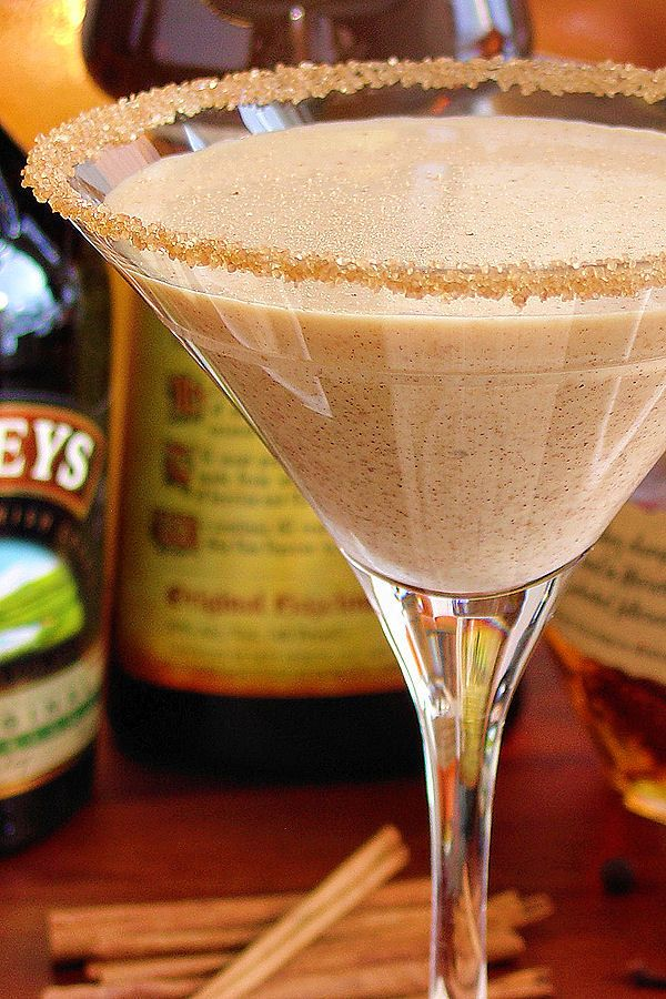 Pumpkin Pie Martini - perfect holiday cocktail!
