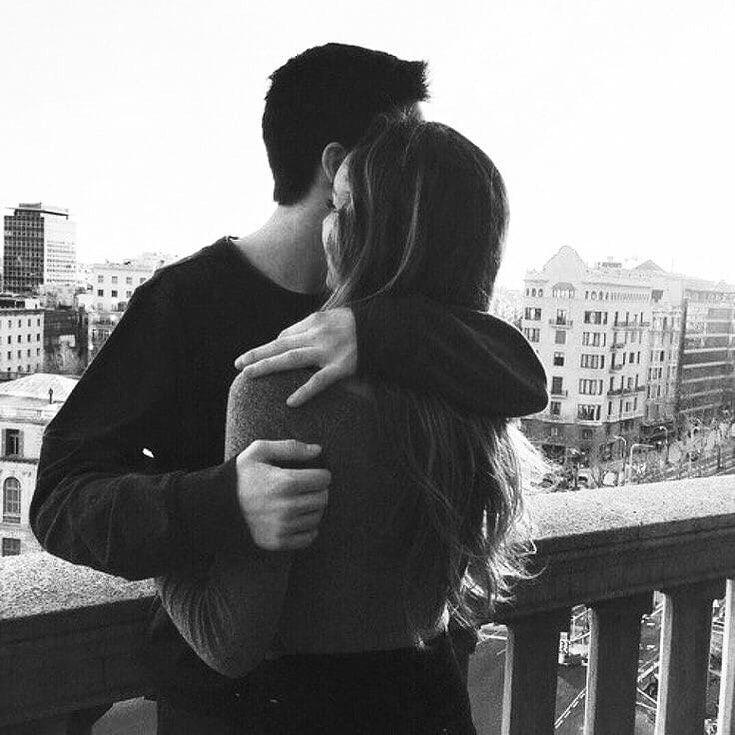талантливая девочка обнимашки фото пары без лица черного белого