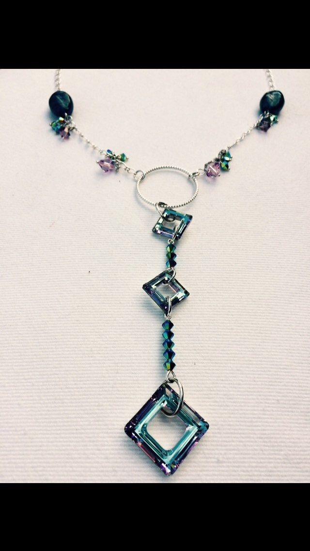 Le chouchou de ma boutique https://www.etsy.com/ca-fr/listing/245205018/crystal-blue-and-purple-necklace