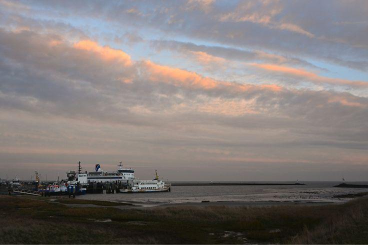 Eveningred in the 'Kom' of Terschelling with the passengership of Doeksen