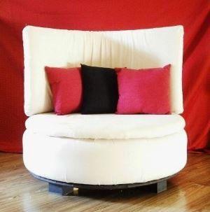 Самодельный диван из шины