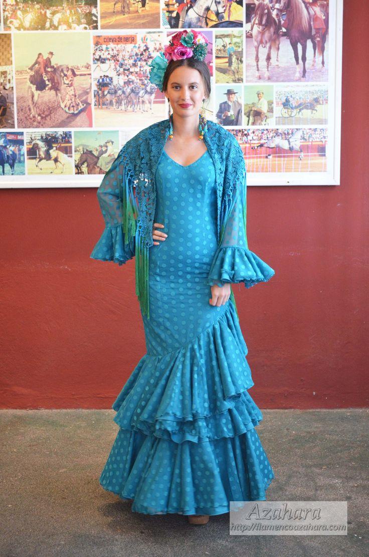 #trajesdeflamenca #complementosdeflamenca #flamencodress #ramillete #turquesa #Azahara #modaflamenca #Fuengirola