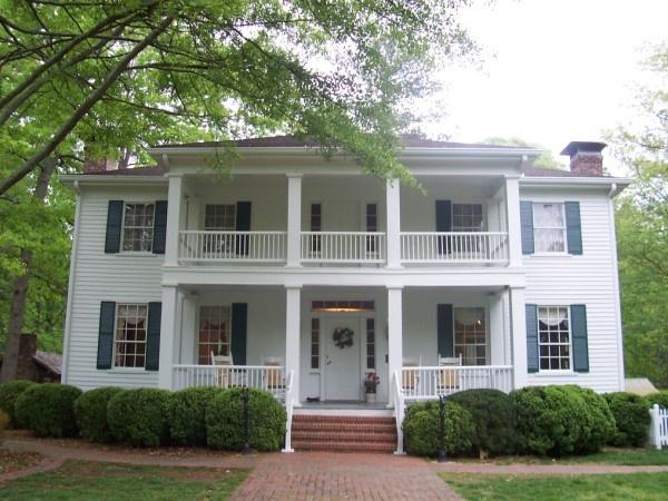 Georgia Folklore By Moonlight At Stately Oaks In Jonesboro Where Superb Storytellers Take