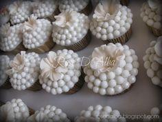 ROSE D' ALBA: Wedding cupcakes per un matrimonio da sogno. Realizzati per Cira Lombardo events.
