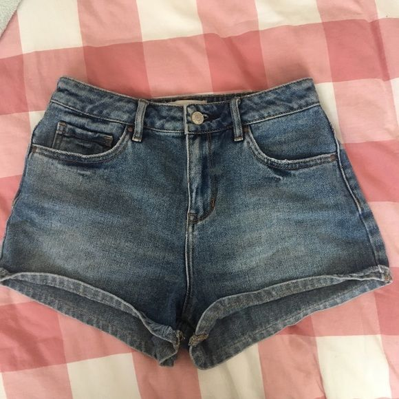 jean shorts reference