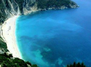Η Κεφαλονιά είναι το μεγαλύτερο νησί στο Ιόνιο πέλαγος και ένας διάσημος προορισμός σε όλο τον κόσμο για καλοκαιρινές διακοπές και ταξίδια αναψυχής. Βρίσκεται απέναντι από το άνοιγμα του πατραϊκού κόλπου, νότια από τη Λευκάδα και βόρεια από τη Ζάκυνθο. Καλύπτει μια έκταση 781 τετραγωνικών χιλιομέτρων, έχει ακτογραμμή 254 χιλιόμετρα και περίπου 32.500 κατοίκους. Οι ανεπανάληπτες φυσικές ομορφιές, τα ιστορικά μνημεία και η εγκάρδια φιλοξενία των κατοίκων συνθέτου…