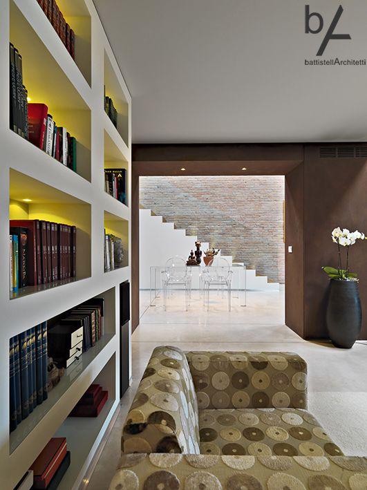 #interiordesign #battistellarchitetti #venice #architecture #loft #loftdesign #interior #lights #bricks #corten #stairs #wood #art