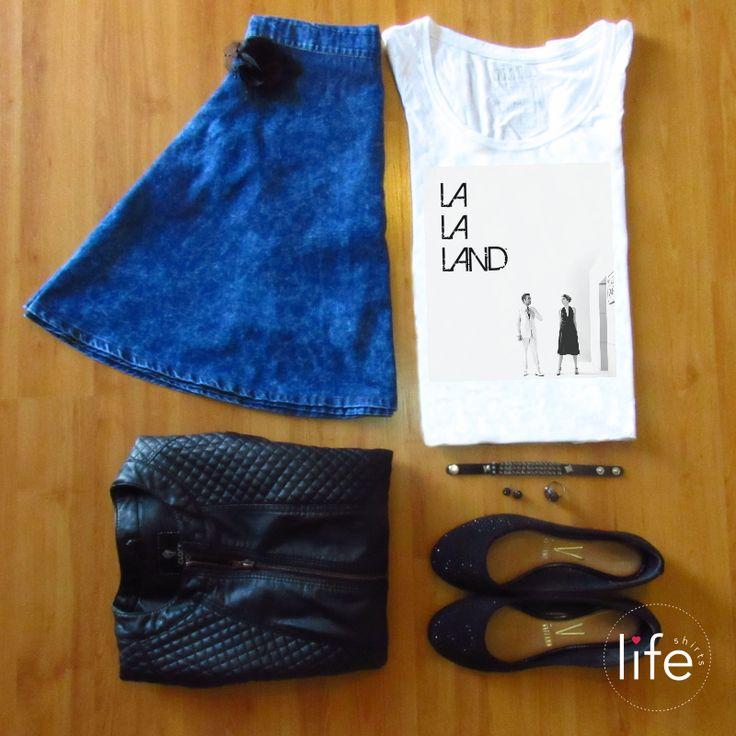 Look Life La La Land! Camiseta personalizada com foto do filme La La Land, com os atores Emma Stone e Ryan Gosling, sucesso no cinema e em premiações como Globo de Ouro e Oscar. T-shirt exclusiva!