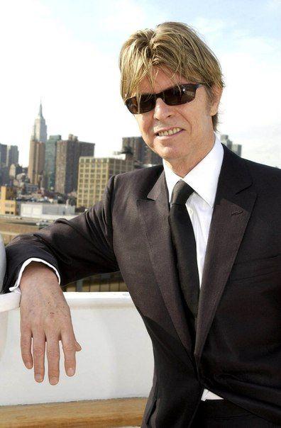 Фотографії David Bowie ~ Дэвид Боуи   52 альбоми