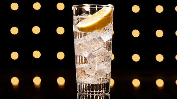 How the John Collins Became the Tom Collins #cocktails #drinks #HappyHour #food #sun #lunch #bar #London